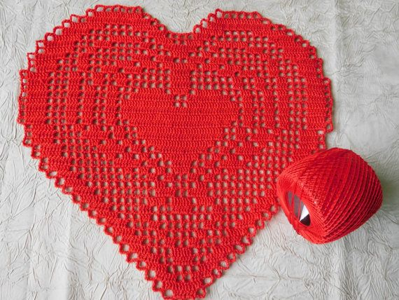 Red heart crochet doily 10.23x9.44 or 26x24cm by ThreadloveByEdith