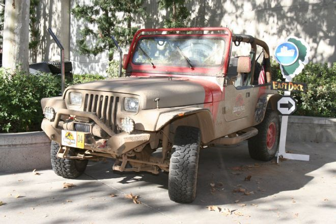 lucas oil off road expo jurassic park jeep on the go cars jeeps more pinterest parks. Black Bedroom Furniture Sets. Home Design Ideas