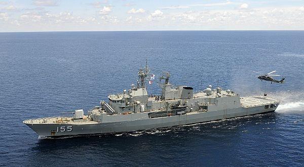 Royal Australian Navy frigate HMAS Ballarat (FF 155) <3 <3 <3 still wish i could have joined the Royal Australian Navy.