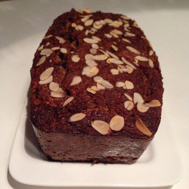 Bananenbrood gebakken #smullen #bananenbrood #chocolade #suikervrij #cleanfood #eatclean #eathealthy #healthyfood #healthyeating