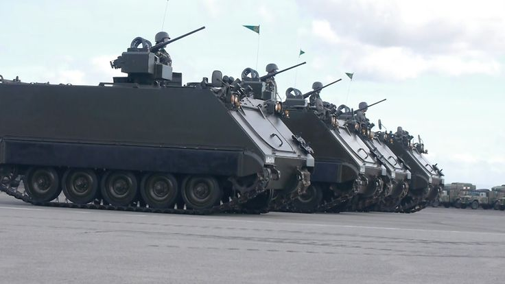 Philippine Army Long Parade of Newly Acquired M113A2 APC - YouTube