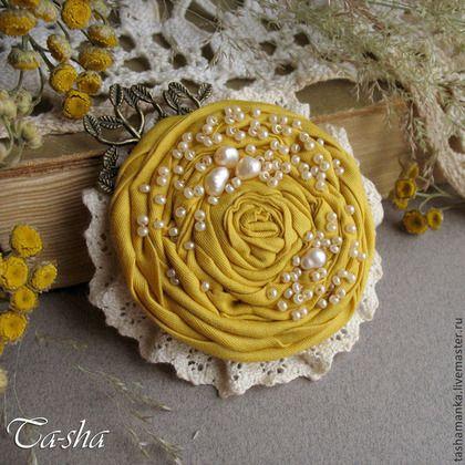 """Желтая хризантема"""" бохо брошь, цветы из ткани. Handmade. Броши"""