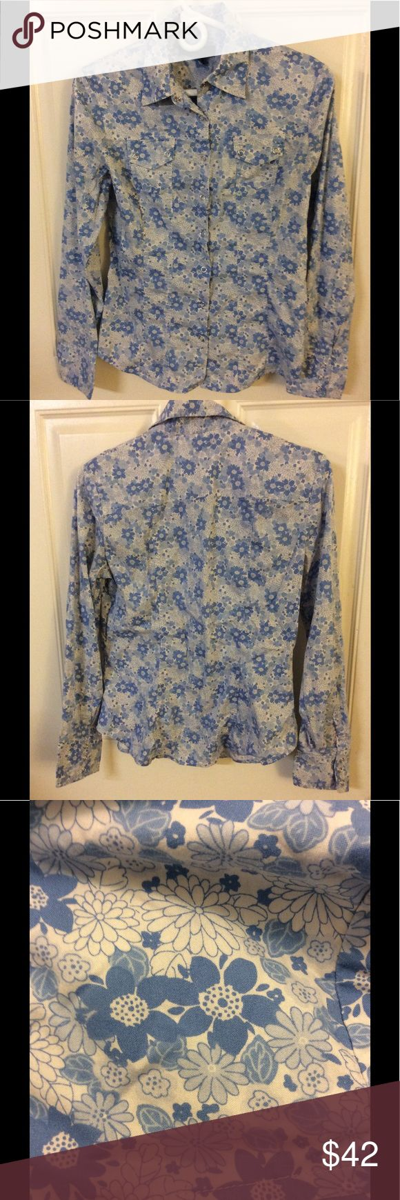 Express Flower Print Blouse Brand - Express - Colors - Blue & White - Size - 9/10 Express Tops Blouses