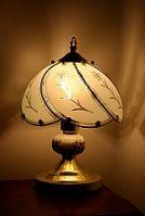 Régi csillárját, asztali lámpáját felújítjuk, hogy ismét ragyogjon.  http://tundikfem.hu/ceg.html
