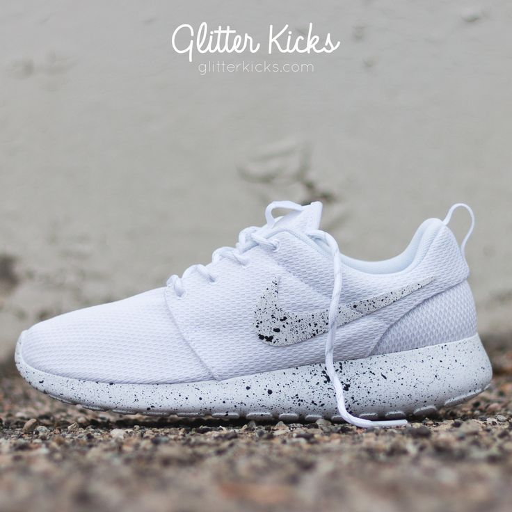 Nike Roshe One Customized by Glitter Kicks