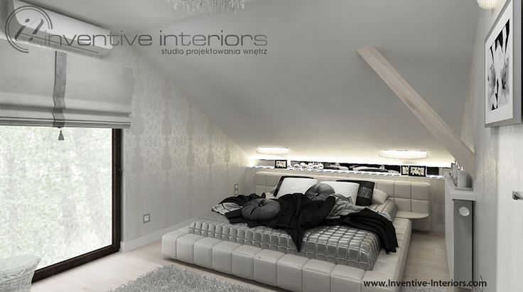Projekt sypialni Inventive Interiors - jasna, elegancka sypialnia na poddaszu, beż i szarość z akcentem czerni i srebra