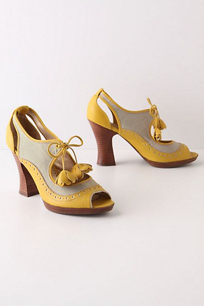Nice steady heel. Yellow, yes!. Perfect all they way through the Fall. Mala Wingtip Heels