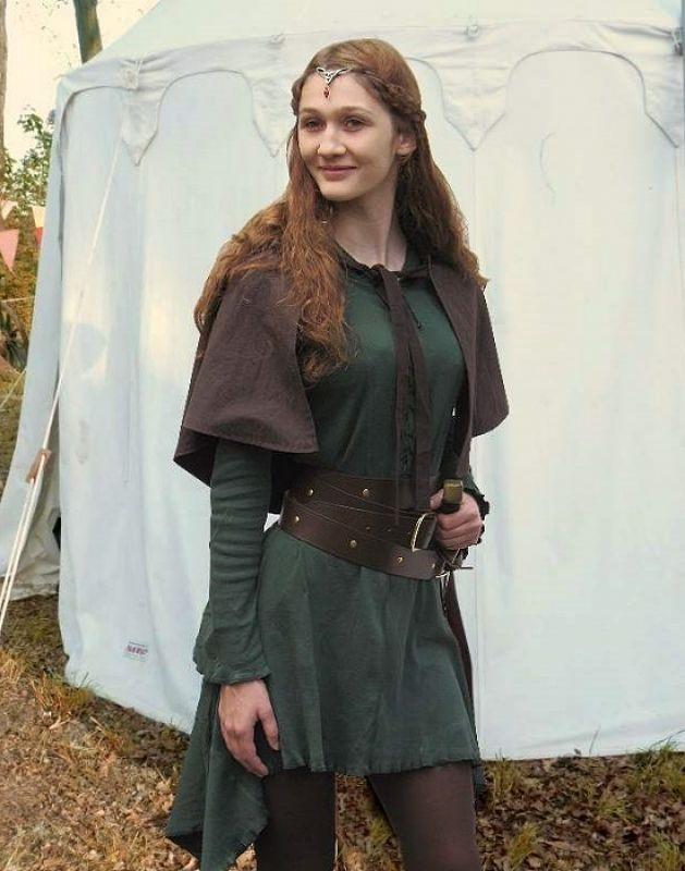 KOSTÜMTRUHE | Verkauf & Versandhandel, mittelalterliche Kleidung, Kostüme & Gewandungen, Zubehör aus Ritterzeit und Piratentum - Elfenkleid Sweater mit Kapuze kurz