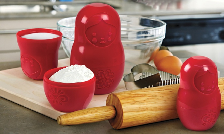 Matryoshka Measuring Cup Dolls by Fred! I just bought these today to make my kitchen more fun :)Kitchens, Gift Ideas, Mcup Measuring, M Cups Measuring, Dolls Measuring, Matryoshka Dolls, Measuring Cups, Russian Matryoshka, Matryoshka Measuring