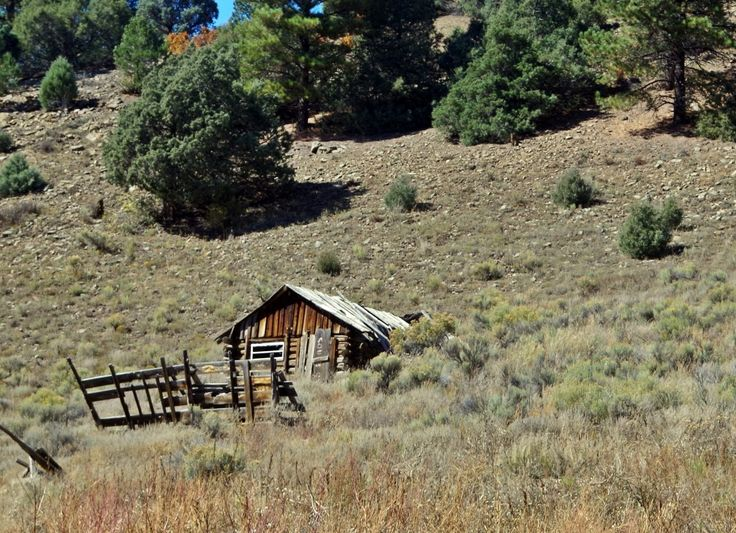 1000 images about travels in the southwest on pinterest for Cabins in taos nm