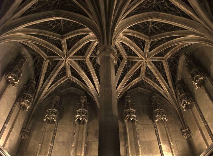 Les 98 meilleures images du tableau art gothique en europe for Art gothique