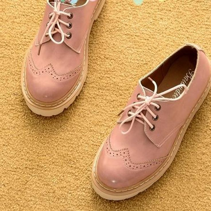 women's shoes Flats 2017 new spring and autumn flat shoes Thick bottom Round head lace-up Carved Oxford shoes female obuv #Affiliate