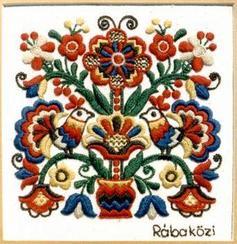 Hungarian Embroidery - Rábaközi