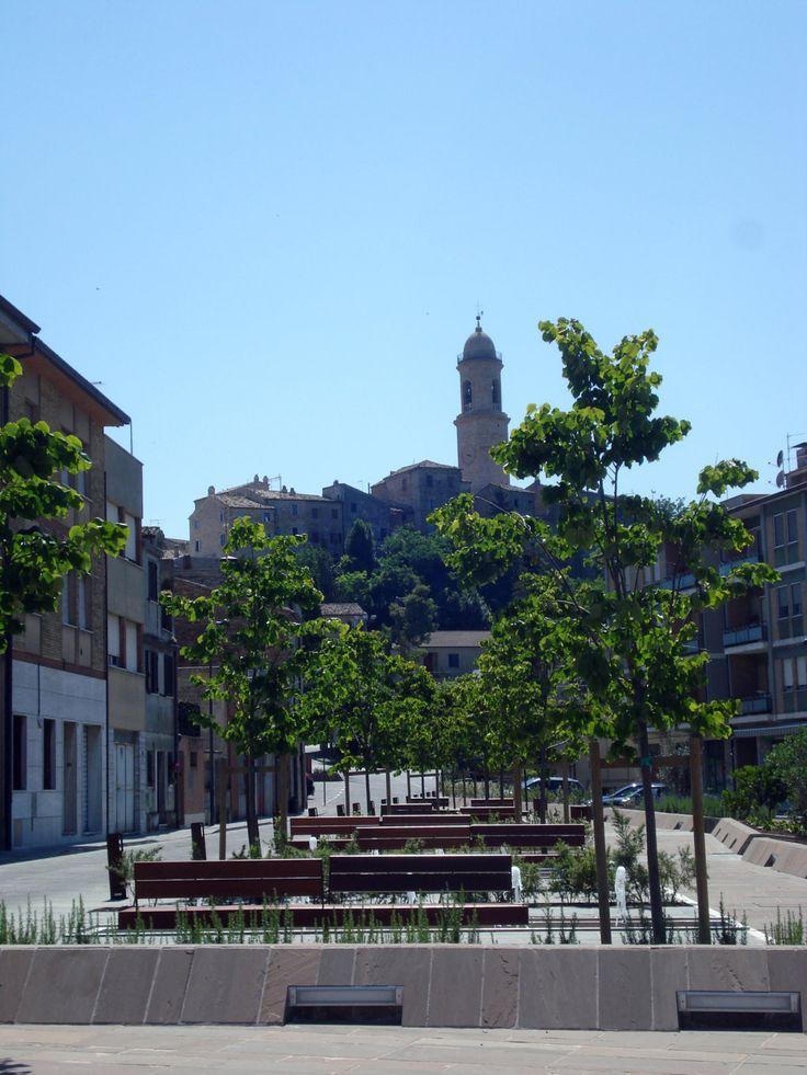 Piazza Costantino Tamanti.