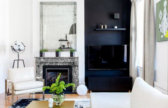 hide-the-TV-on-a-painted-black-wall-or-bookshelf-via-Apartment-Therapy.jpg 540×347 pixels