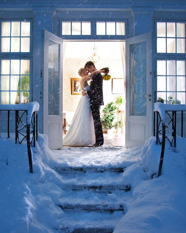 Winter Weddings - Winter Wedding Tips | Wedding Planning, Ideas & Etiquette | Bridal Guide Magazine