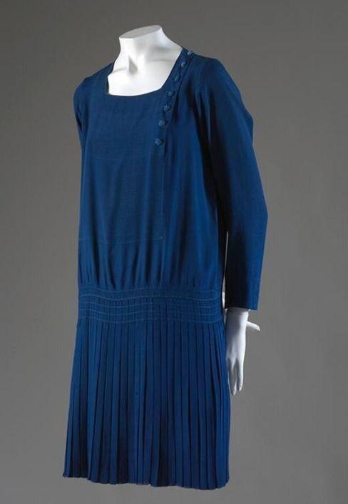vintage chanel jurk