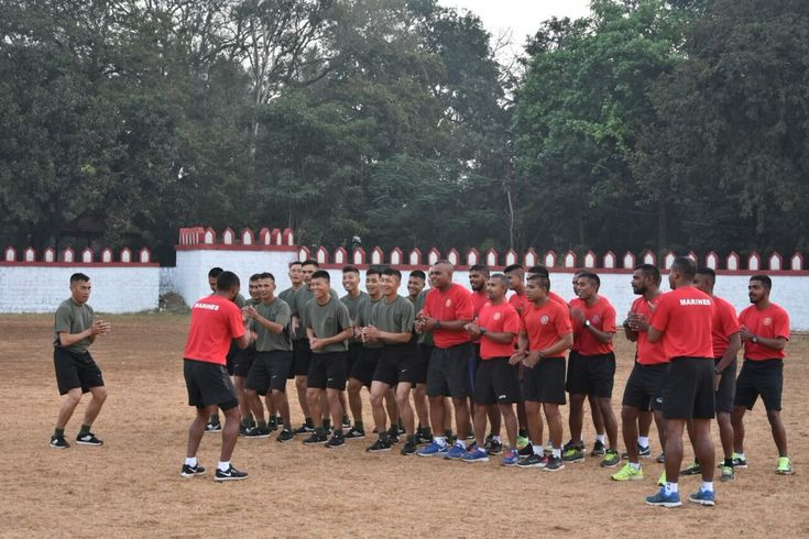Ex #Ekuverin. Day commenced with both contingents undergoing morning Physical Training followed by classes on explosives and mission-specific shaped charges. @DefenceMinIndia @http://SpokespersonMoDpic.twitter.com/m29z2eTvbD #IndianArmy #Army