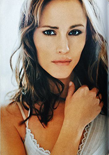 Jennifer Garner Clipping Cutting Picture Photo Poster Magazine Page Memorabilia by Danny Kelly http://www.amazon.co.uk/dp/B00WZTHSQS/ref=cm_sw_r_pi_dp_YwoSwb1QNQJ40