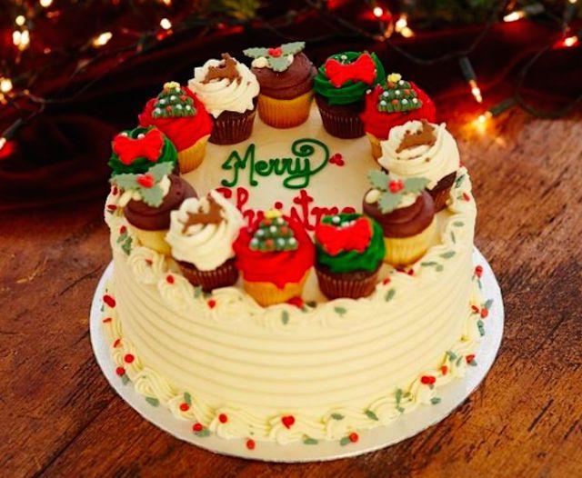 「ローラズ・カップケーキ東京」からクリスマスに大きさ20倍の巨大カップケーキが登場 他クリスマスメニューが充実 | FOOD | LIFE | WWD JAPAN.COM