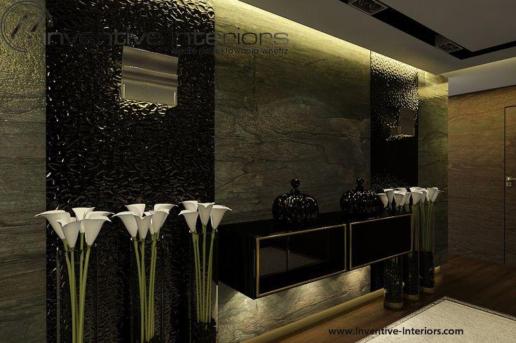 Projekt apartamentu 130m2 Inventive Interiors - nastrojowy korytarz - kamień, czerń, akcent złota - pomysł na oświetlenie i dekorację w korytarzu