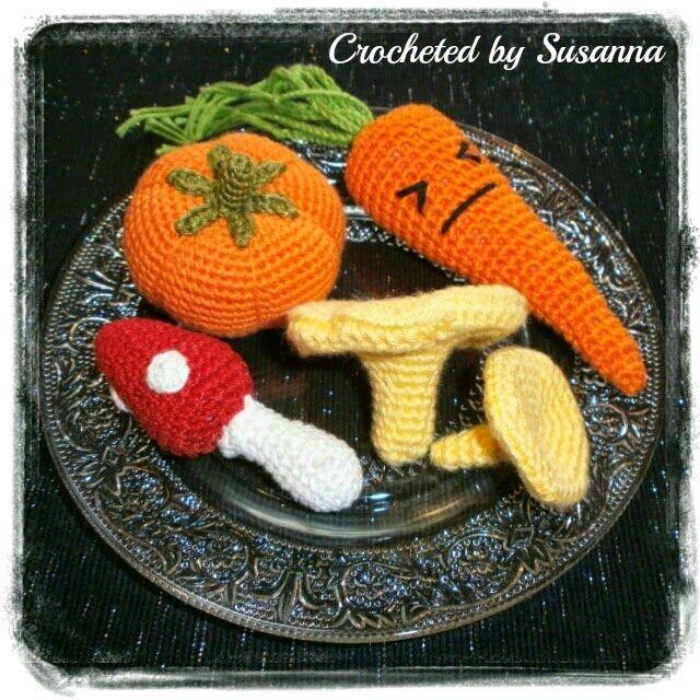 Crochet Mushrooms Carrot and Pumpkin - Virkade Svampar Morot och Pumpa - Crocheted by Susanna