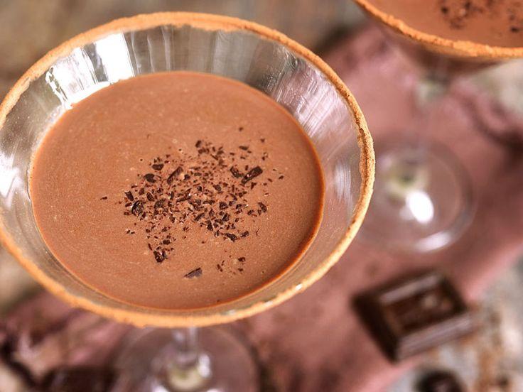 秋の夜長に甘くとろけるお酒を自家製チョコリカーの作り方