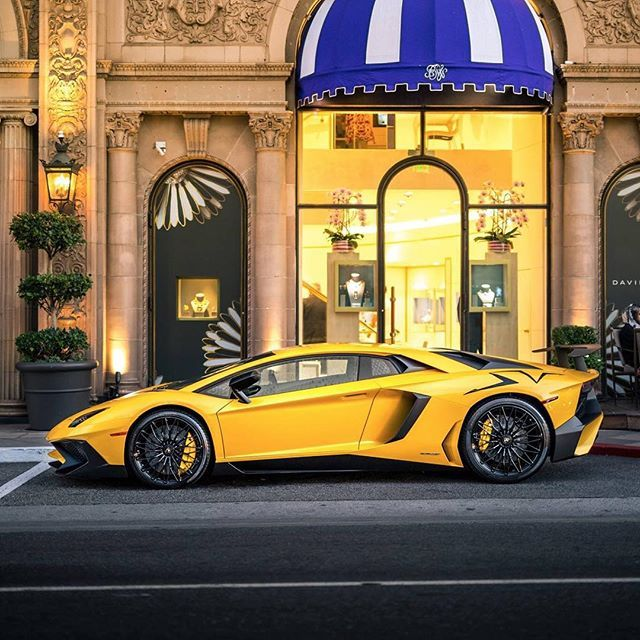 Yellow SV! • Follow @Bulls_Motorsports • • For more exclusive content • • www.Madwhips.com ____________________________ • Photo by : @adam_bornstein
