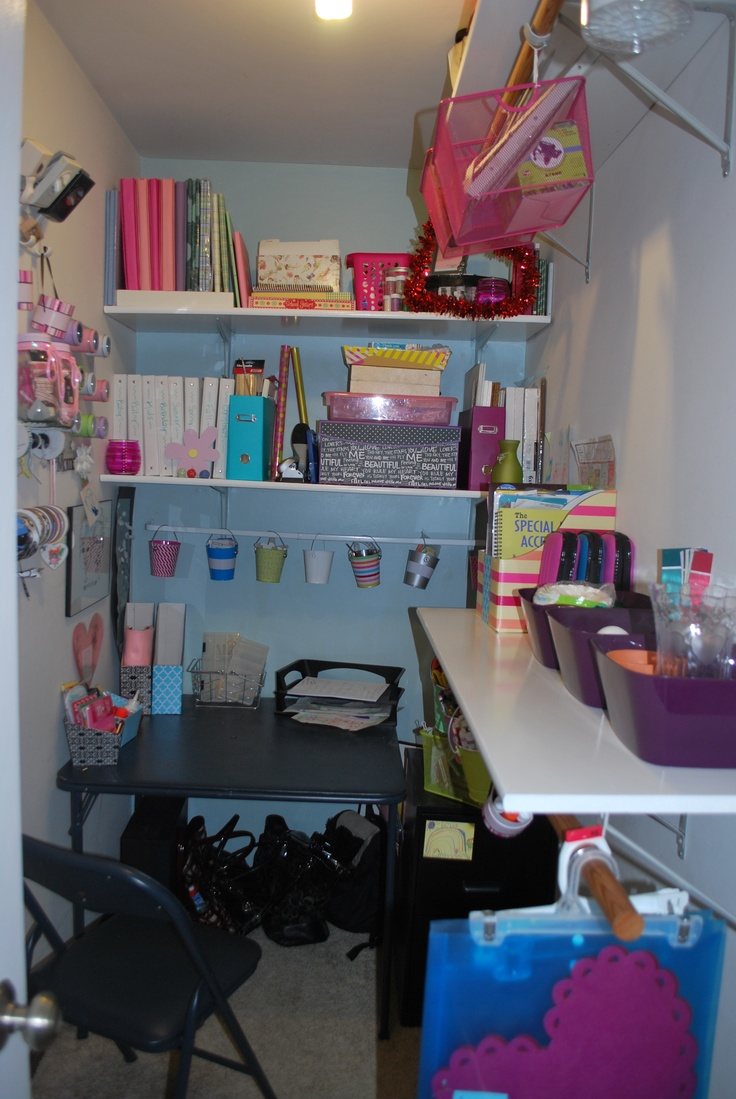 Walk In Closet Office/craft Room!