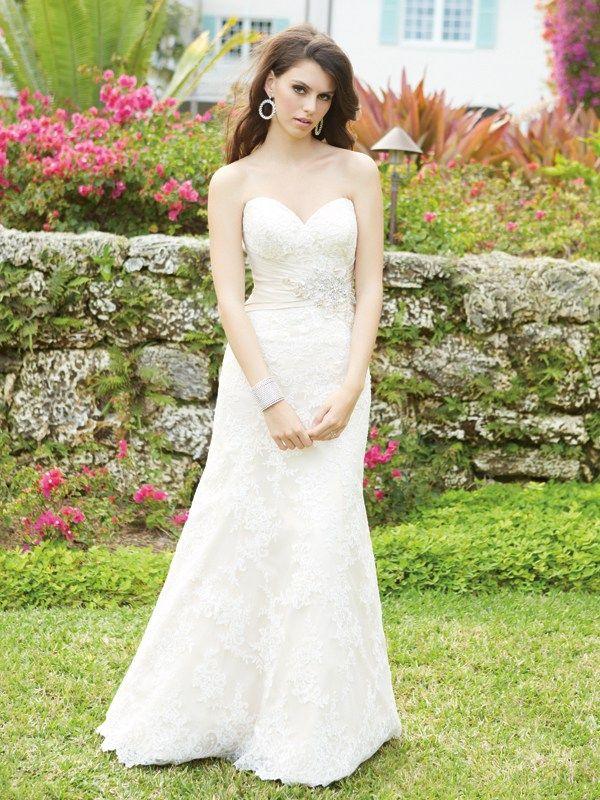 2569 Allure Romance Bridal Gown