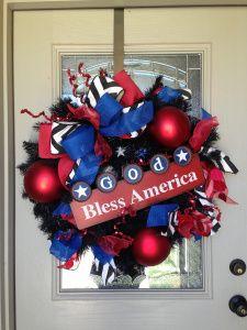 #Wreath #DIY #Blog-read now! 1 wreath for 3 seasons, WOW!