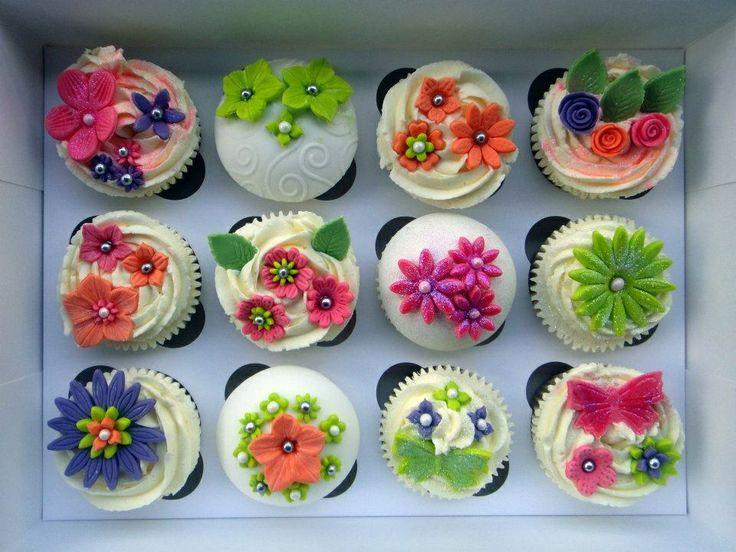 Beautiful Flower Cupcakes!: Spring Flowers, Cute Cupcakes, Floweri Cupcakes, Cupcakes Cuti, Flower Cupcakes, Beautiful Flowers, Flowers Cupcakes Cakes, Cupcakes Flowers, Cupcakes Bak