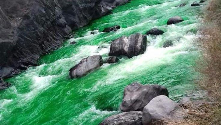 #Río en #Andorra #Europa se teñi de verde por colorante usado en una investigación #científica /// Canarias Noticias.es (@CanariasNotic) | Twitter