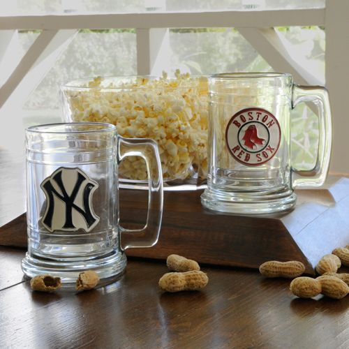 Personalized MLB beer mugs: Logos, Beer Mugs, Gifts Ideas, Grooms Gifts, Personalized Mugs, Messages, Mlb Medallions, Man Caves, Personalized Mlb