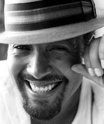 Makes me wanna get married just to see this smile the rest of my life... Jesse L Martin.