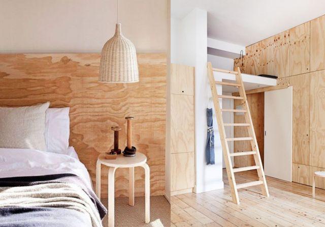 A la fois économique et esthétique, le contreplaqué est souvent utilisé par les architectes pour créer des intérieurs au look minimaliste. Ilest constitué de feuilles de bois assemblées :on aime soncôté brut et son veinage particulier. Le contreplaquépermet de créer des placards, d'habiller un mur ou de réaliser une séparation au sein d'une grande pièce. Certaines marques nordiques s'en inspirent également pour fabriquer petits meubles, luminaires et rangements. Facile à trouver dans les…