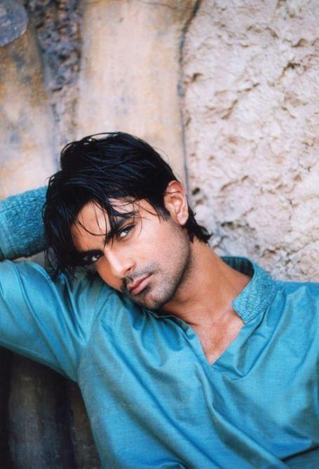 love his eyes! | indian actor/model ashmit patel