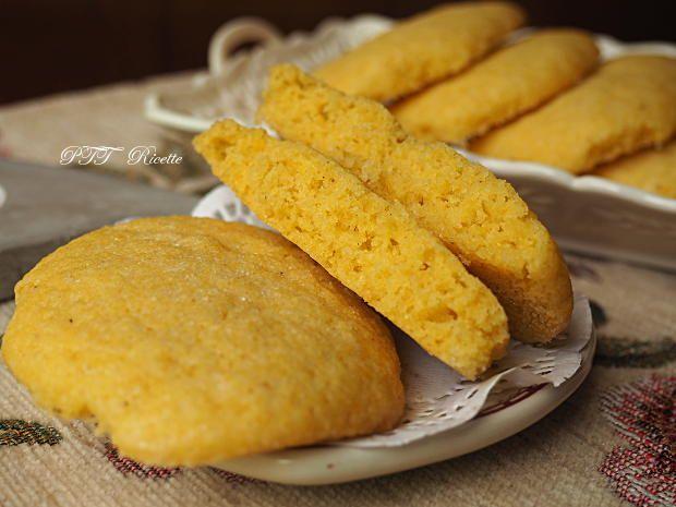 Biscotti morbidi con farina di mais