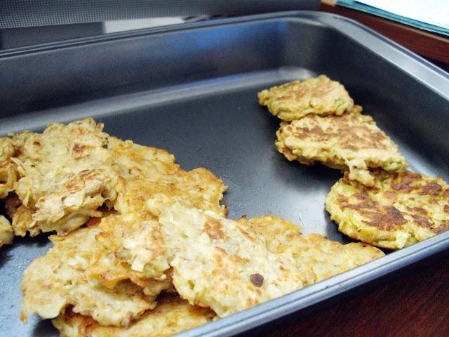 cooking ala mel: Potato and Apple Latkes