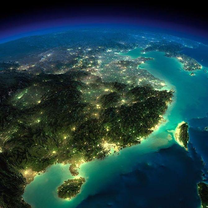 Красивый вид ночной Земли из космоса