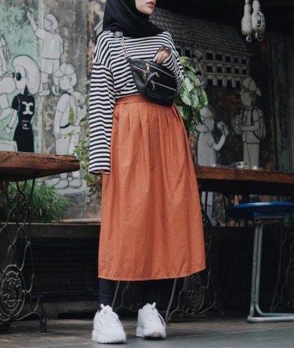 44 Trendy Fashion Retro Street Retro Fashion 90s Hijab Style Casual Muslimah Fashion