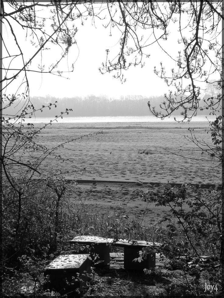 Behuard  Vue sur la Loire