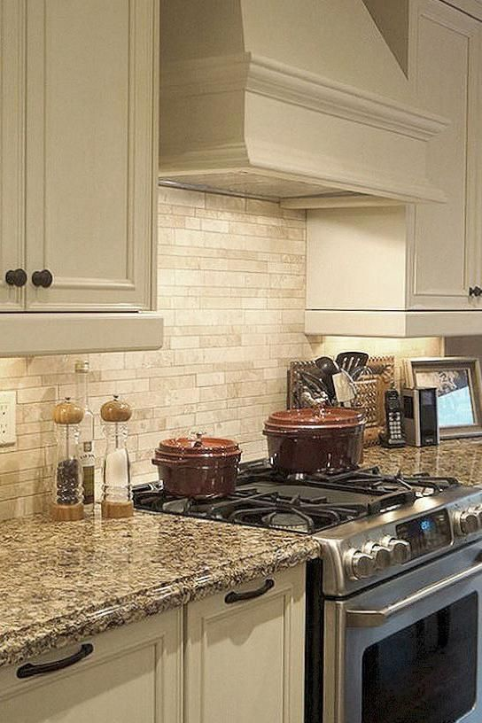 red kitchen decor | new home kitchen ideas | popular kitchen themes