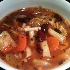 Egy finom Minestrone leves ebédre vagy vacsorára? Minestrone leves Receptek a Mindmegette.hu Recept gyűjteményében!