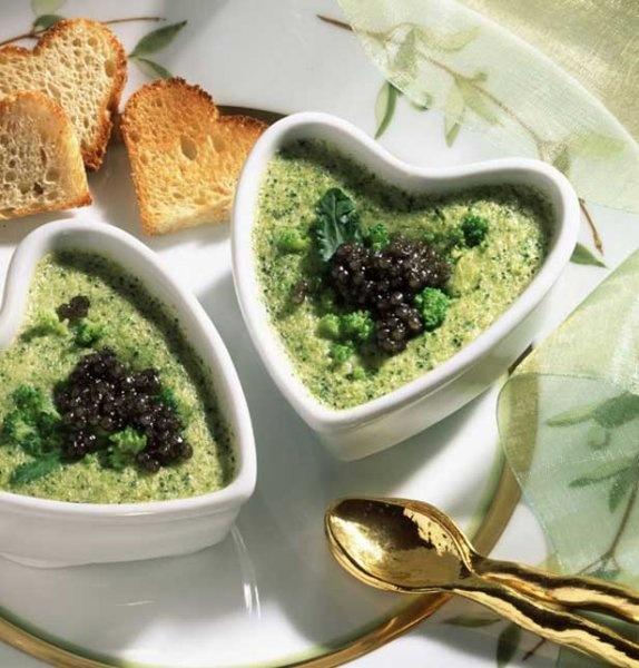 Chantilly de caviar à l'avocat - Marie Claire