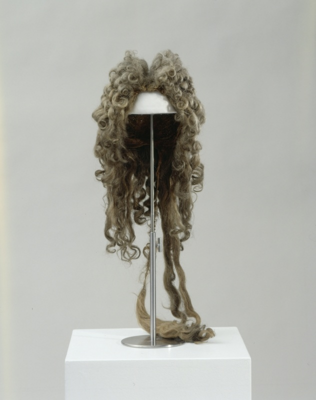 Man's periwig, blonde, brown and gray human hair and pale gray horse hair on silk and linen base, c. 1695.