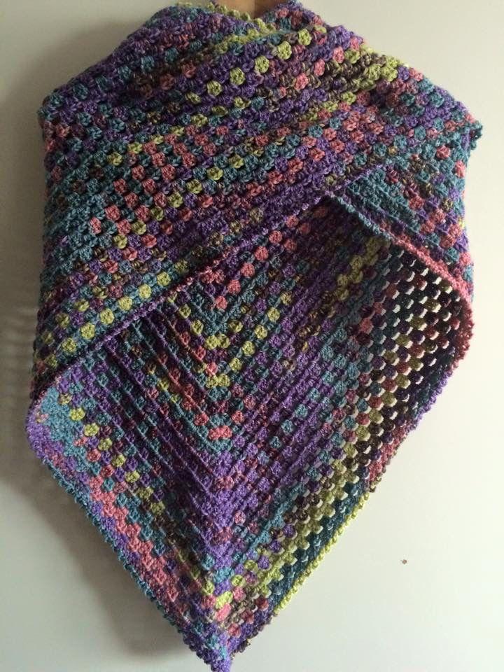 Omslagdoek gemaakt van sokkenwol.