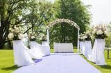 Romantic wedding at Chateau Mcely Designed by La Florista