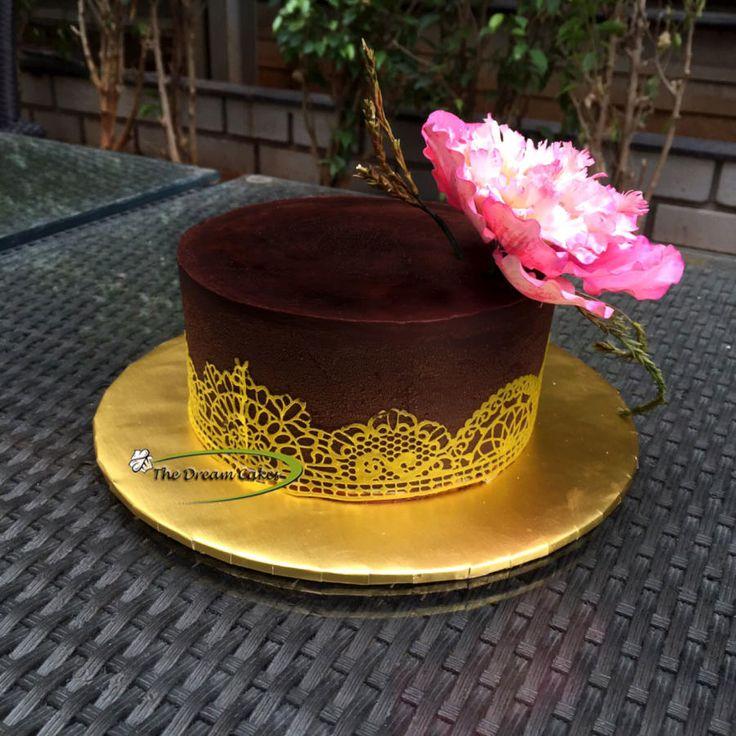 Simplicity and Elegance - Cake by Ashwini Sarabhai