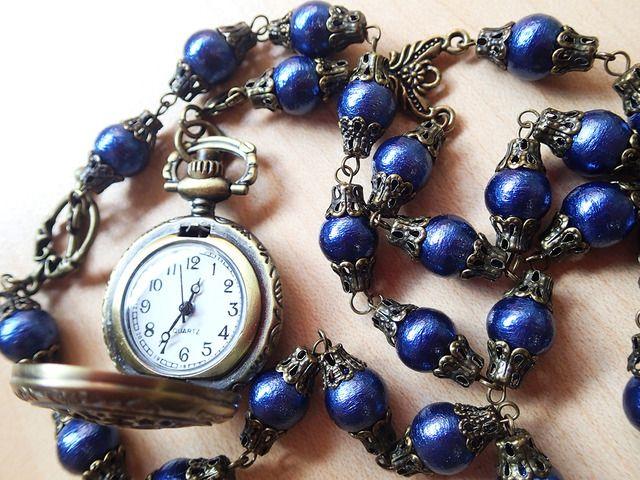 懐中時計のネックレス【コットンパールと星時計】